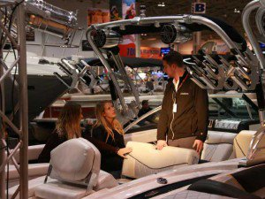Boat show shopper