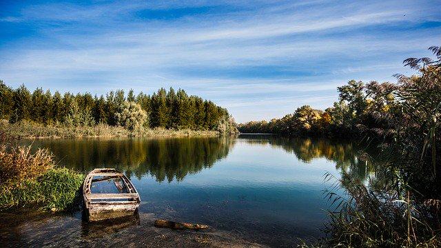 Boating Ontario Launches Abandoned Boat Program